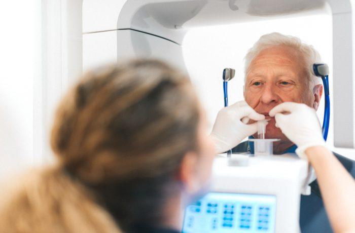 Zahnerhaltung und Zahnersatz